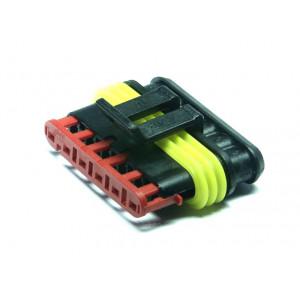 zásuvka vodotěsná 1,5 se zámkem 6 pinů