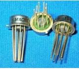 MAC111 napěťový komparátor