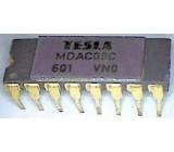 MDAC08CC - D/A převodník, DIL16