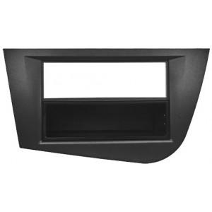 ISO redukce pro Seat Leon 05/2005-2009 černý