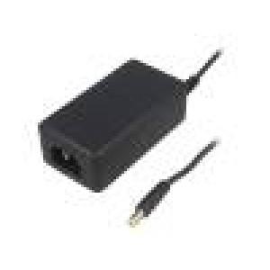 Zdroj: spínaný 5VDC 4A Výv:5,5/2,1 20W 0÷40°C Vst: IEC C14