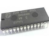 MAB8461P W006 - 8-bit microcontroller, DIL28