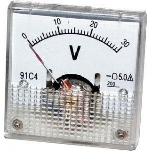 Analogový panelový voltmetr 91C4 30V DC